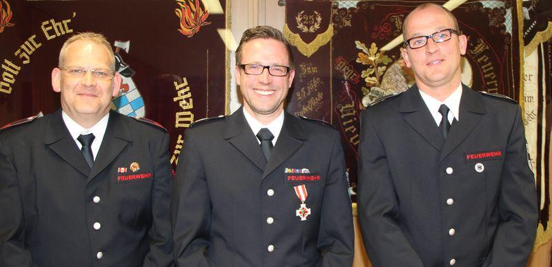 Sascha Ziegenhals mit seinen Stellvertretern Guido Gehrmann (links) und Torsten Hölzer (rechts)