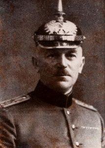 Gründer der Löschgruppe Niederpleis, Gustav Becker